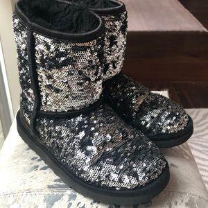 Girls 1 black silver sparkle uggs